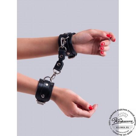 Кожаные наручники Pauci